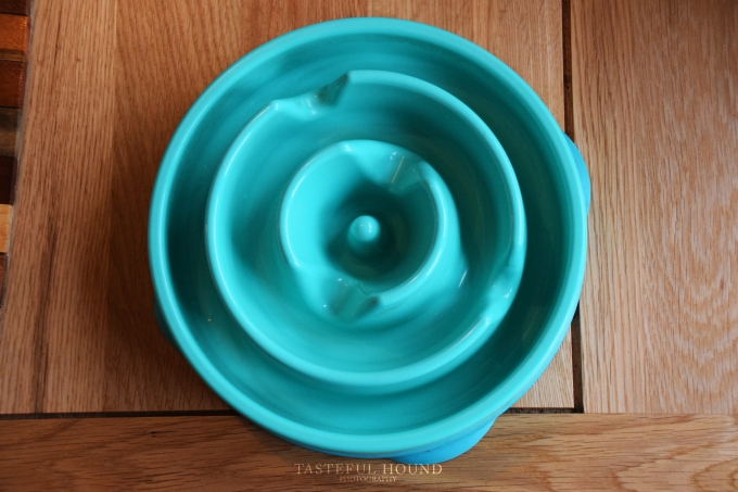 Outward Hound slow feeder bowl review
